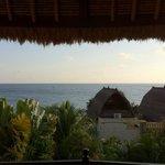 Vue de la chambre villa A au lever du soleil.