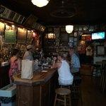 Foto Henninger's Tavern