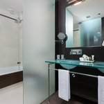 Baño Habitacion NH Collection