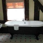 Huge bath!