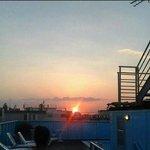 foto tramonto dalla piscina :)