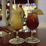 cocktails du bar à l'accueil club premier