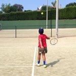 6 Pistas de Tenis y material a total disposición