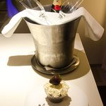 Complimentary Champagne & Cake