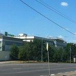 Вид на отель с Симовского вала