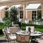 Le magnifique jardin de l'Hôtel Bristol