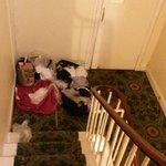 Una sera abbiamo trovato nel pianerettolo gli asciugamani per gli ospiti così sitemati