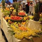 Buffet di frutta il 15 di agosto