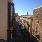 Il Corso V. Emanuele visto dalla camera, verso sx....