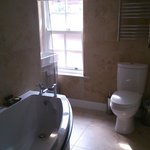 high standard finishes in bathroom