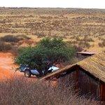 Der Bushcamp 5 km vom großen Gästehaus (5 Hütten)