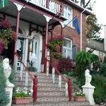 Ingang Robin Hill Hotel