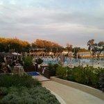 Vista del pool-bar del ristorante e della pizzeria