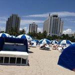 playa sombrillas alquiler
