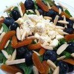 Bluebery alond salad