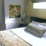 Gingko Suite bed