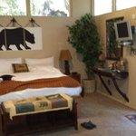 Bear's Den, comfortable for 2.