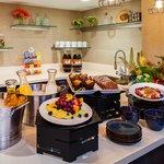 Concierge Lounge Breakfast