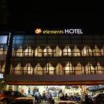 de elements business hotel