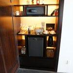 Minibar/safe