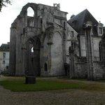 Ruderi dell'abbazia originaria
