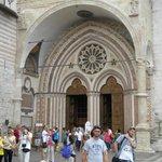 Portale di ingresso alla Basilica inferiore