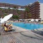Vue hôtel de la piscine
