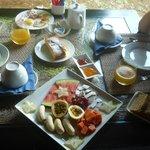La favolosa colazione dell'Oasi Guest House-Mahe
