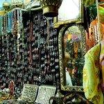 Medina di Tunisi: Tunisia: artigianato local e non