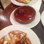 Tortillas , chorizo , gambas a la plancha :-)