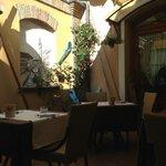 cortiletto interno ristorante