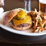 Cheeseburger with truffle fries