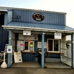 How's this for the quintessential New England fish shack?!