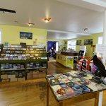 12 Tónar Record Store