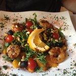 Salat mit Gambas und Orangen