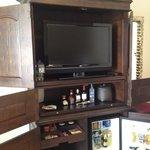 1816 mini and liquor bar