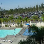 Knott's Berry Farm Hotel - pool view - room 516