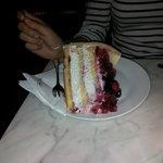 Incredibile torta ai frutti di bosco