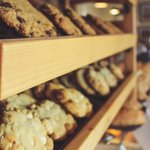 4 choices of cookies; Oatmeal Raisin, Chocolate Chip, Macadamia Nut, or Ginger Snap!
