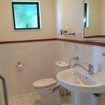 Cottage ... bathroom