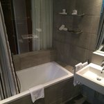 Salle de bain chambre Deluxe C