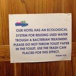 Message aux toilettes : peu sympathique