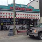 Pine Street Dairy Bar  141 Pine St S, Timmins, ON
