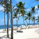 Melia Caribe Tropical beach side.