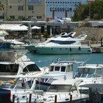 Один из фешенебельных районов на Крите