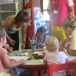 Занятия с детьми в детском клубе
