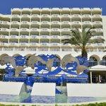 facciata hotel fronte mare