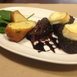 Spanish black pudding with cabra cheese