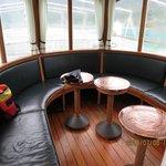 蒸気船の1Clラウンジ