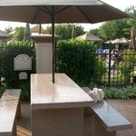 Outdoor Patio Seating near Grills and Outdoor Pools
